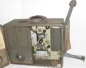 Vintage DeVry 16mm Portab...