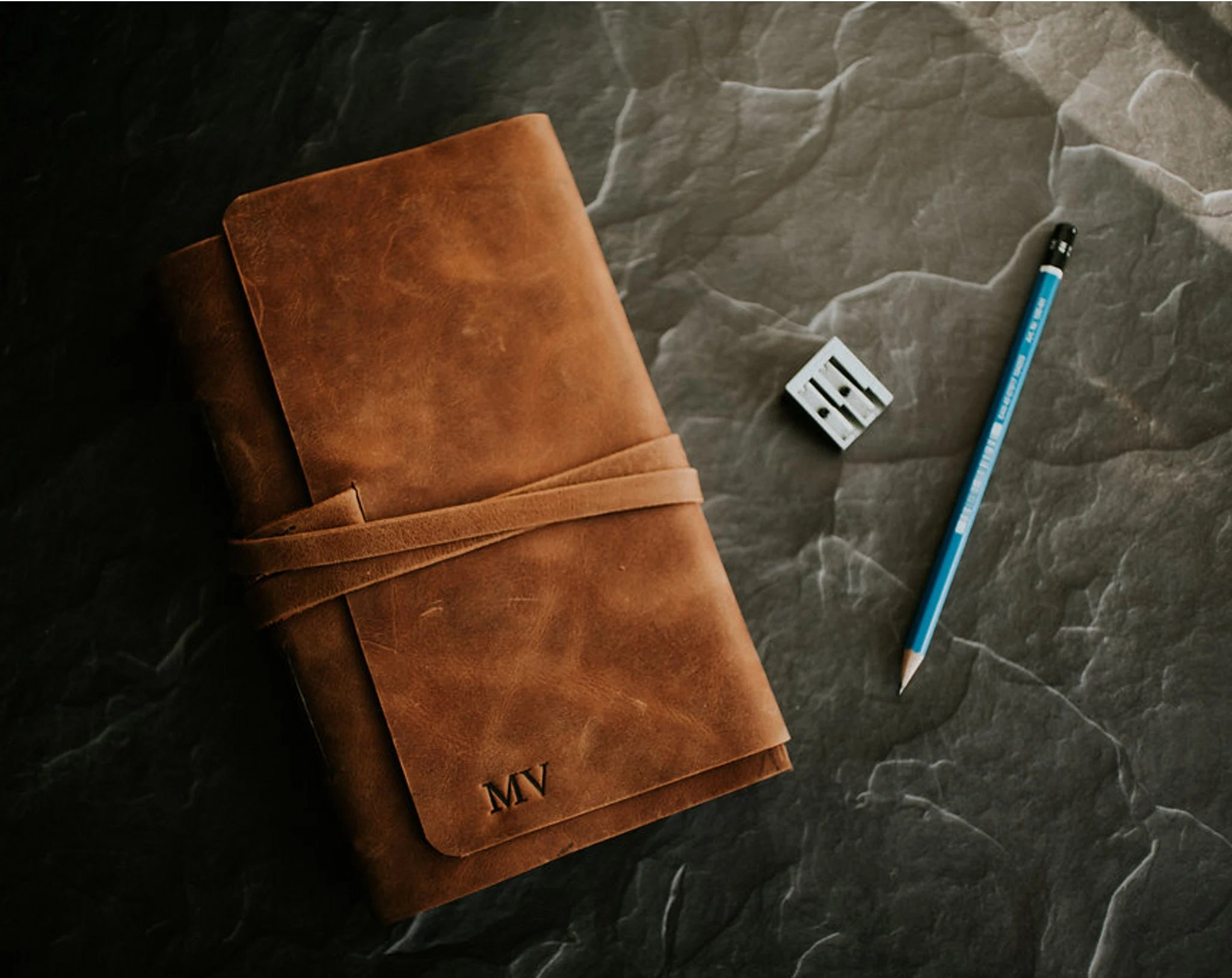 Personalized leather book Leather sketchbook Large blank image 1