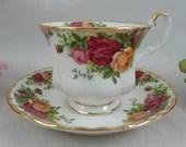 "Vintage Royal Albert ""Old Country Roses"" English Bone China Tea Cup and Saucer Set English Teacup"