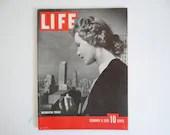 "Vintage 1939 Life Magazine February 6 Washington Peruke - Errol Flynn - Crash of the ""Cavalier"" -Sadie Hawkins Day"