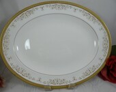 "Vintage Royal Doulton English Bone China 13"" Oval Serving Platter ""Belmont"" Pattern"