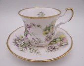 """Vintage Queens English Bone China """"Country Garden"""" English Teacup and Saucer set Delightful Tea Cup"""