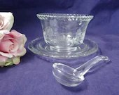 Vintage Etched Glass Daisy Mayonnaise Bowl with Underplate and Ladle a 3 piece Vintage Etched Glass Serving Bowl with Ladle