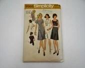 Vintage 1970s Simplicity Pattern #9985 Size 12 Misses Petite - 1970s Dress Pattern - Vintage Women's Dress Pattern - Dress - Cut Complete