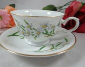Vintage Avon Blossoms of the Month December Narcissus Teacup and Saucer charming tea cup