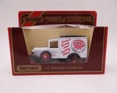 """Never Out of Box Vintage Lesney Matchbox Y-22 Models of Yesteryear """"Cherry Blossom"""" 1930 Ford Model """"A"""" Van Diecast Car in Original Box"""
