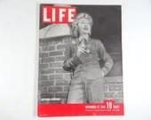 1944 Life Magazine Wartime Issue, November 27, Gertrude Lawrence - Japanese War God
