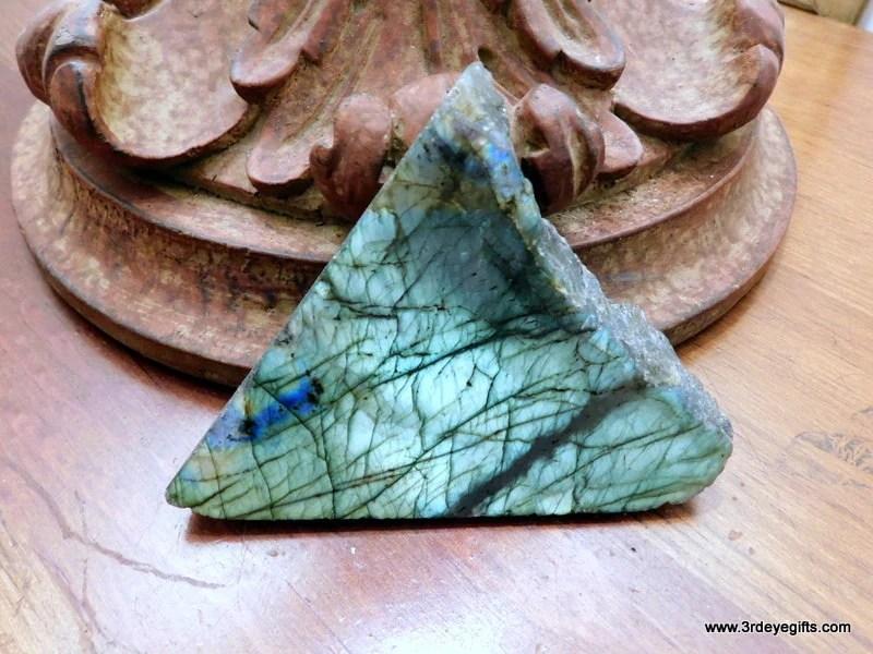 Green Raw Labradorite Sla...