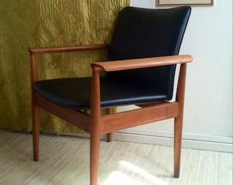 vintage arm chair contemporary reclining chairs armchair etsy finn juhl diplomat danish teak furniture 20th c modern seating design restored black cushion wood oil refinished