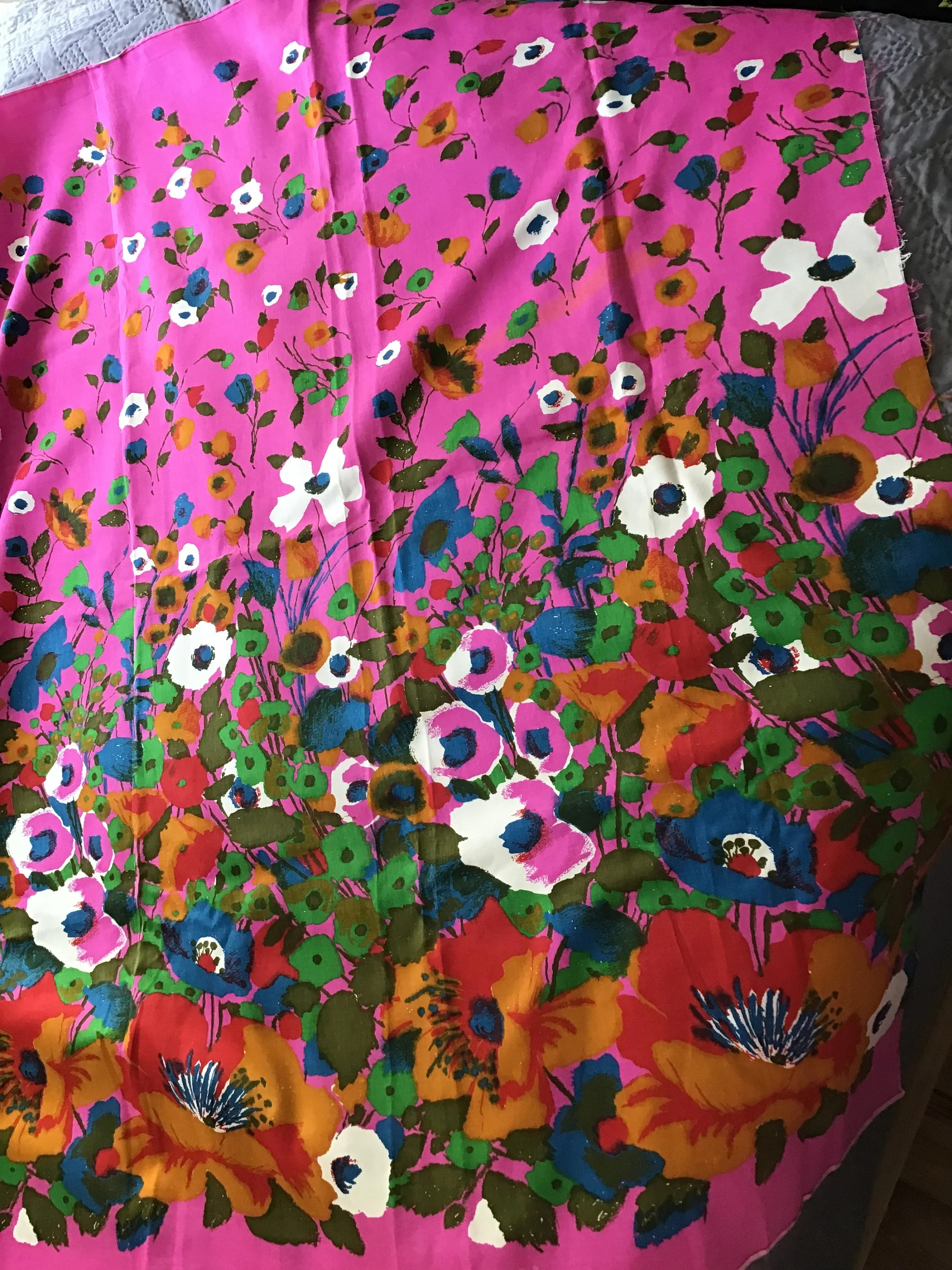 4 Yards Of Fabric : yards, fabric, Yards, Floral, Printed, Cotton, Fabric