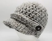 Newsboy Cap in 'Fog Tweed' with decorative buttons