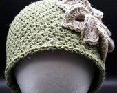 Rustic Flower Beanie in 'Window Ivy'