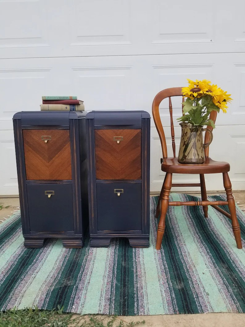 Sold Navy Blue Pair Of Nightstands Vintage End Tables Painted Furniture Vintage