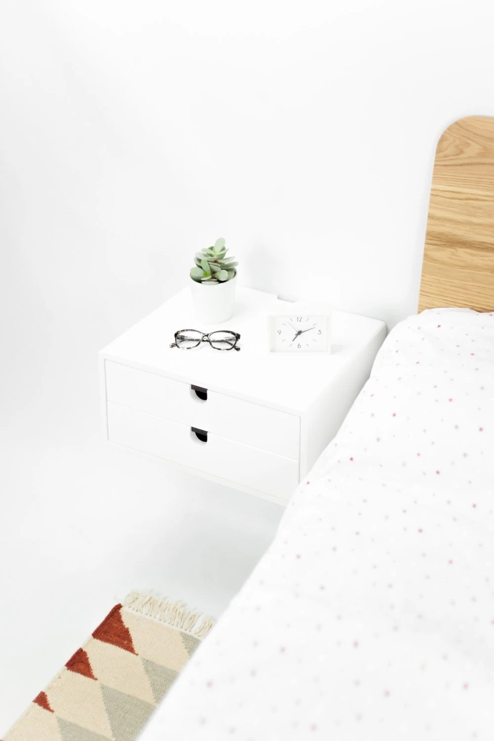 White Floating Nightstand Bedside Table 2 Drawer In Oak Mid