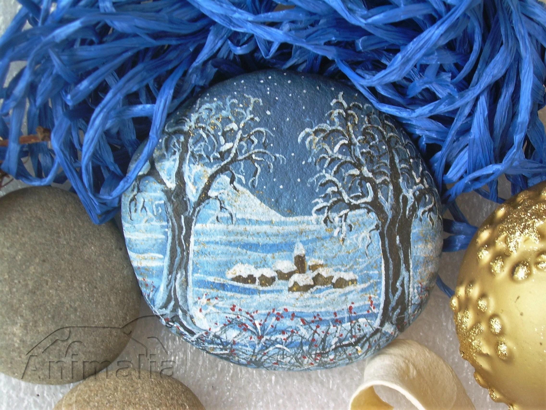 Paesaggio invernale naif dipinto su sasso sassi dipinti a