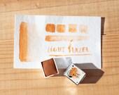 LIGHT HAZEL- Half pan handmade watercolor - Aquarelle maison
