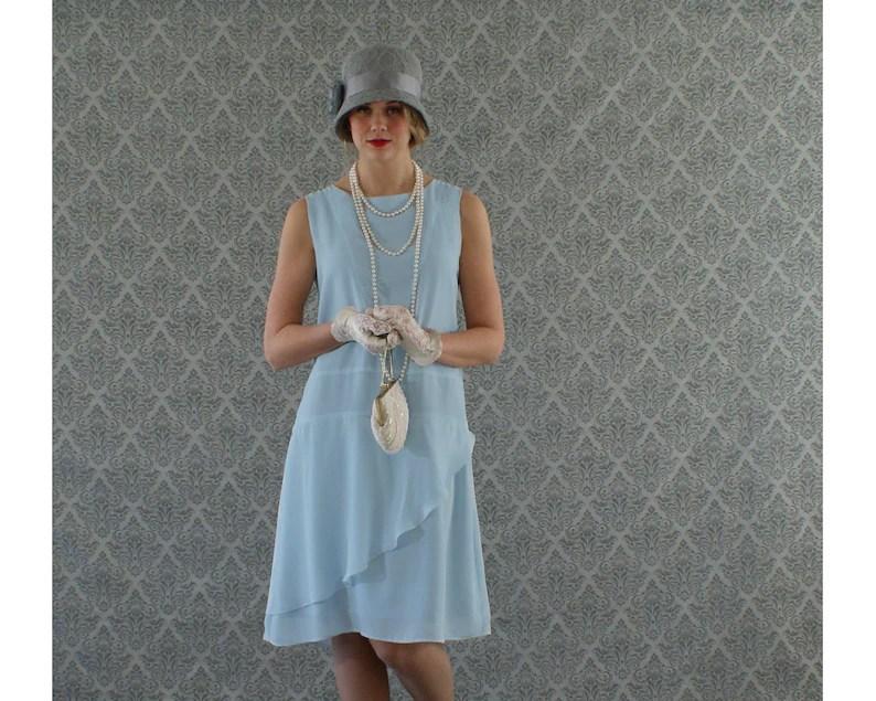stylish flapper dress in
