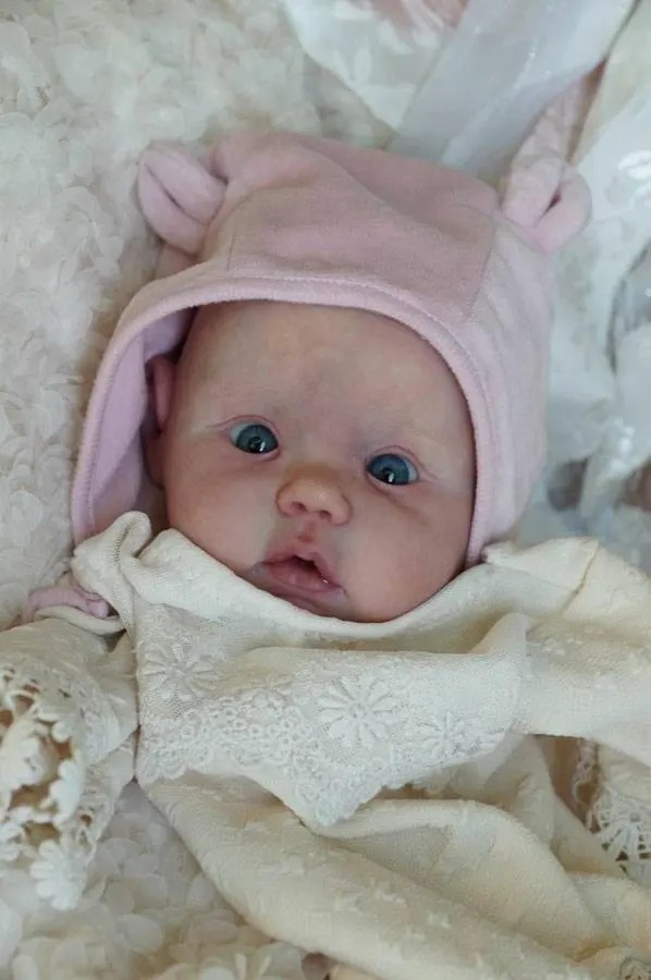 Reborn Babies - Custom Reborn Baby - Mika by Didy Jacobsen 20 inches with 3/4 Limbs 4-6 pounds  Custom .Custom Reborn Baby Doll. Vinyl.
