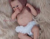 S A L E ENDS Today! Custom Eloisa by Andrea Arcello 18 inches Full limbs. 5-7 lbs. (Reborn Babies)