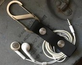 Genuine Leather Earbud Holder(Black)  Earphone Cord Holder USB Cable Holder Cable Organizer Cord Keeper iPhone Cord Wrap Headphone Earbuds