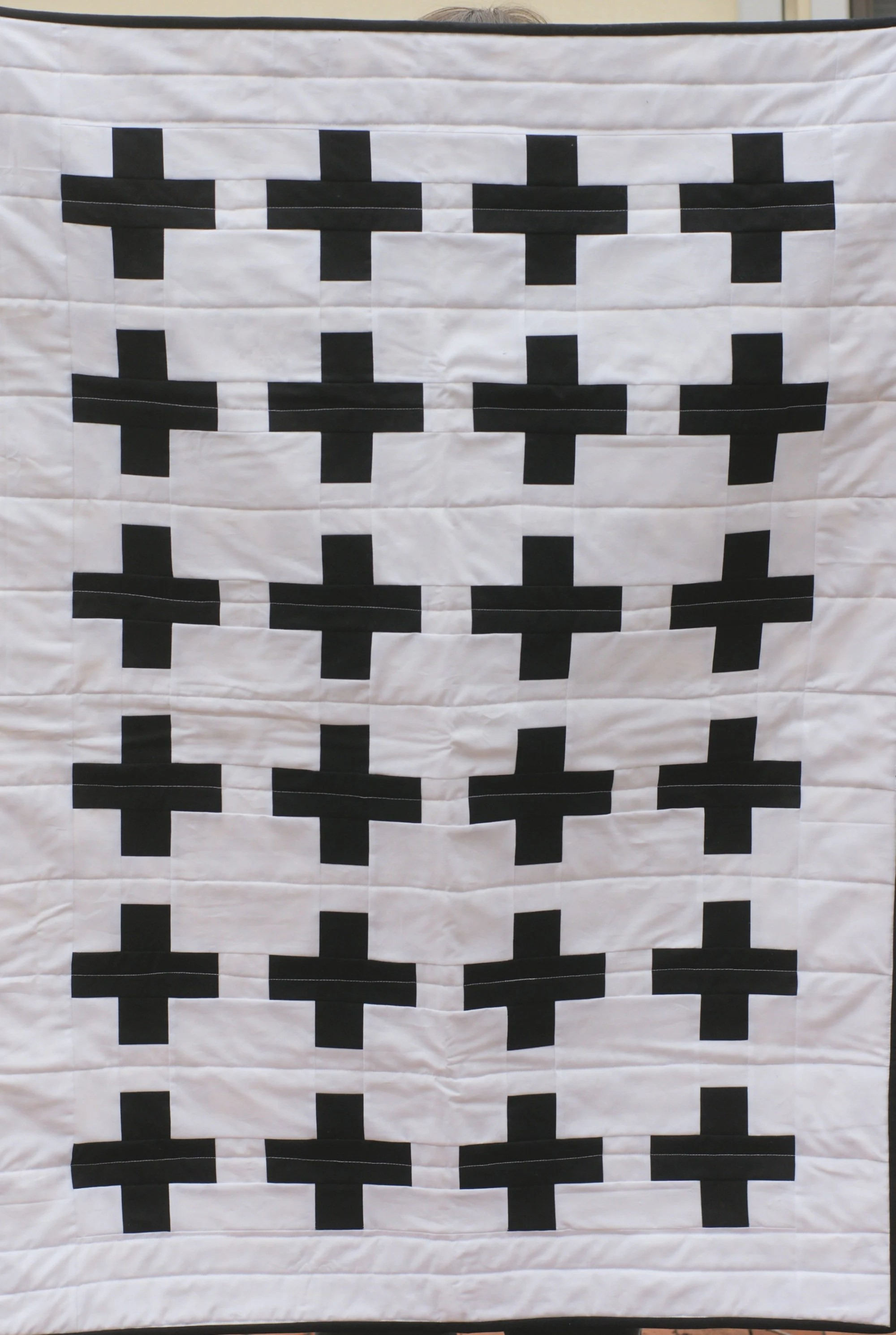 13 QUILTS - BLACK & WHITE ideas | quilts, optical illusion quilts...