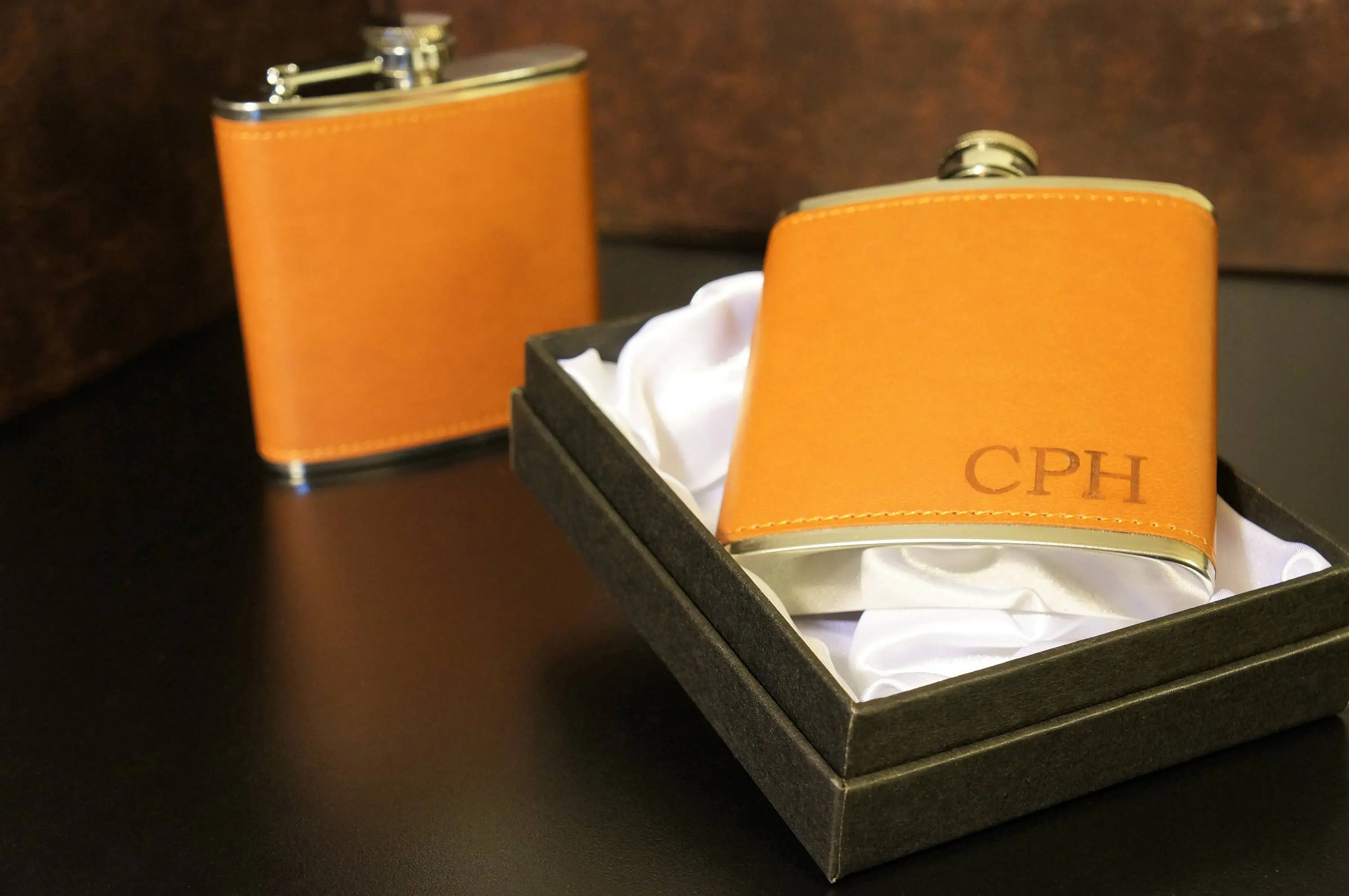 personalized leather flask groomsmen