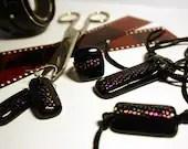 black pois ring