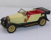 1960s Scarce Yonezawa Japan Roadster Automotive Car Tin Toy Friction Horn