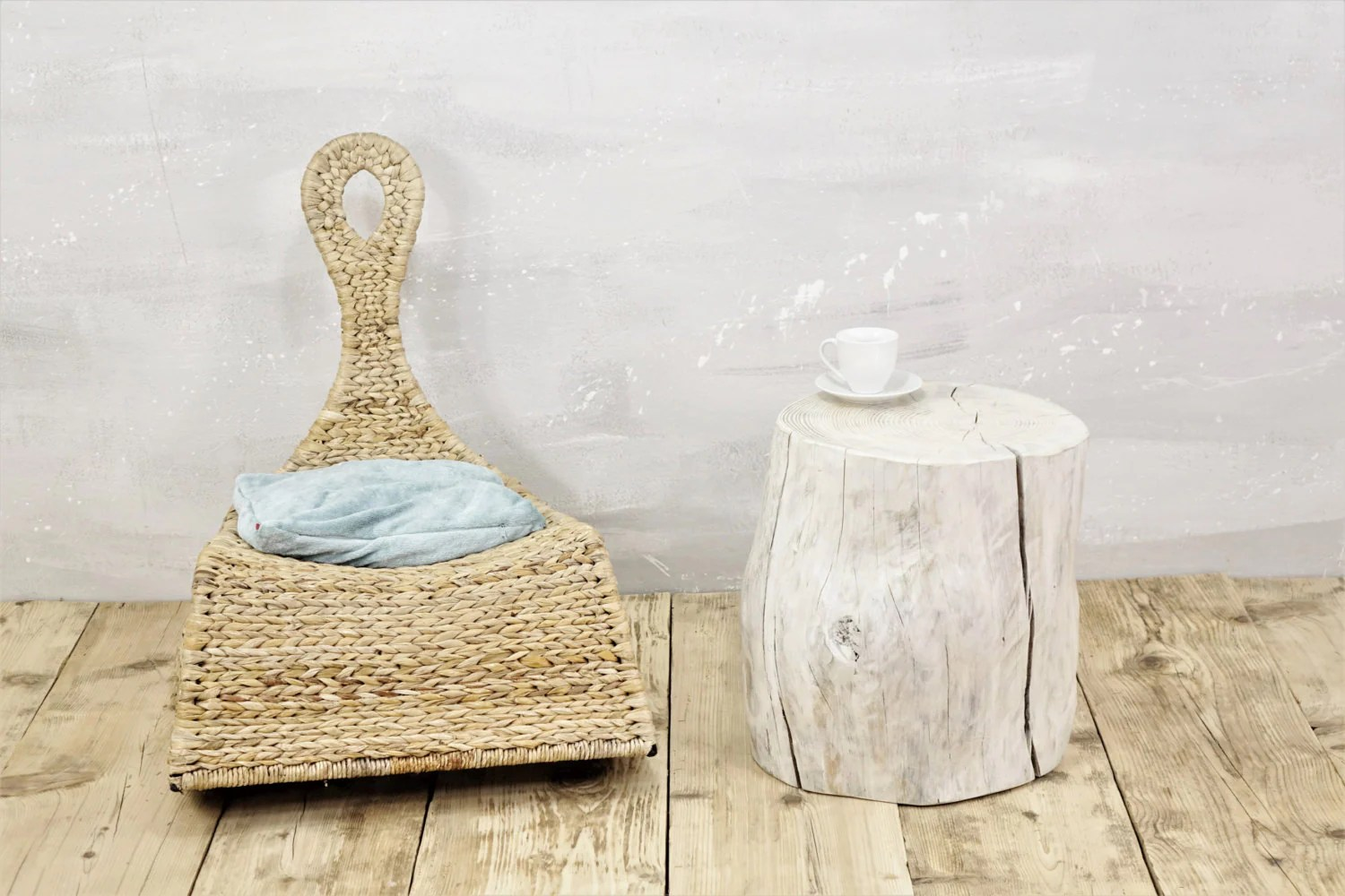 White Tree Stump Table Scandinavian Style Wooden Trunk