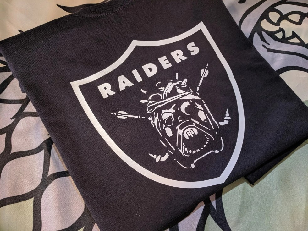 Star Wars T-Shirt - Sand People - Tusken Raiders - Oakland Raiders style