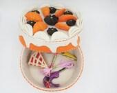 fake cake, felt storage box