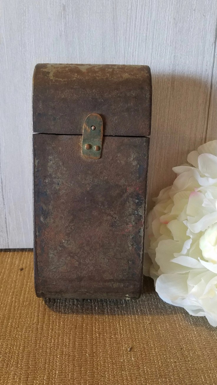 Vintage Matchbox- Metal- Shabby Chic- Matchbox With Latch