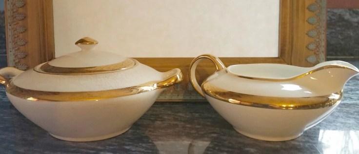 Saxon China 18K gold Creamer and sugar bowl/  French / no 6090G