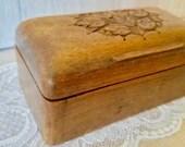 Box Wood Art Deco Vintage / Handmade Round Edge/ Wooden Art Work