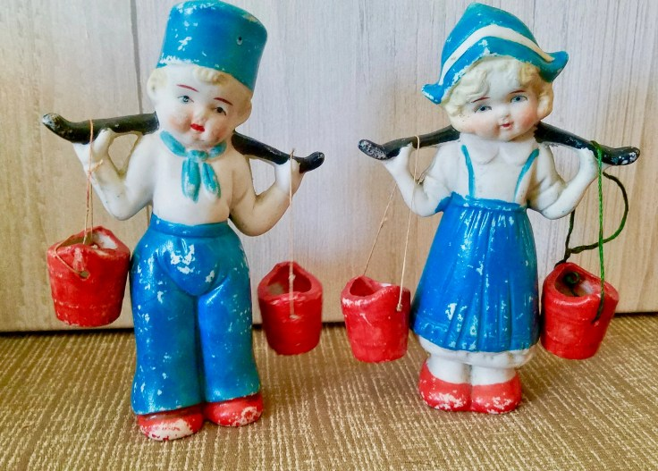 Vintage Dutch Boy and Girl Figurine Made in Japan