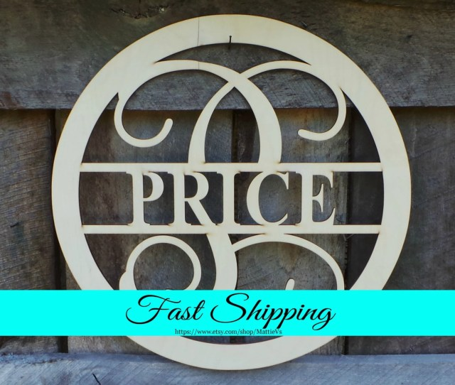 Free Shipping 20 Wood Name Sign Monogram Door Hanger Family Monogram Wreath Housewarming Gift Wedding Gift Personalized Gift