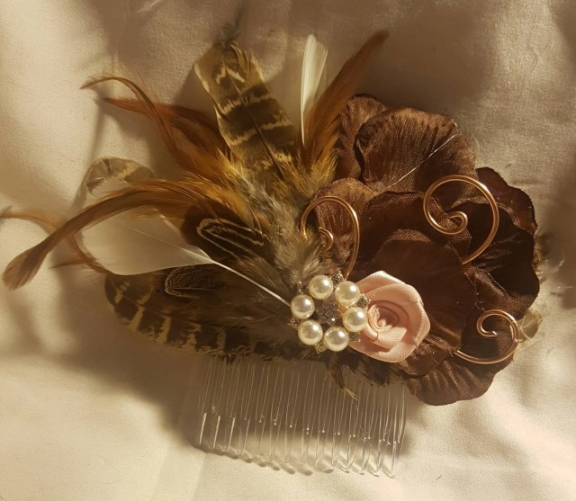 steampunk hair comb. cream and brown feathers, bridal, hair accessory, burlesque, show girl, bee, cogs, clock