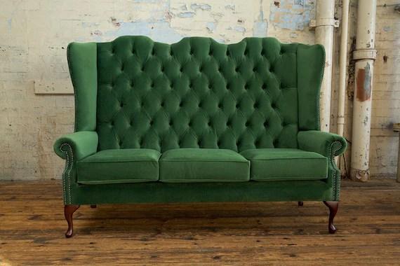 high back chesterfield sofa sofas y sillones de piel british handmade forest green velvet 3 seater etsy image 0