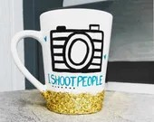 Photographers Gift! I Shoot People - glitter dipped Mugs for that camera frenzy friend!