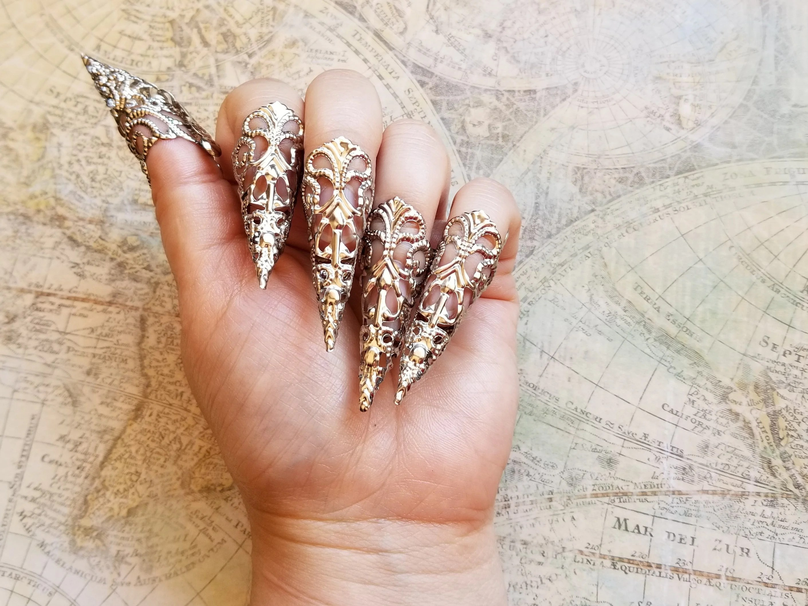 10 silver stiletto nails