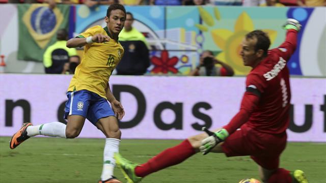 Neymar on song as Brazil crush poor Australia-Football-World Cup