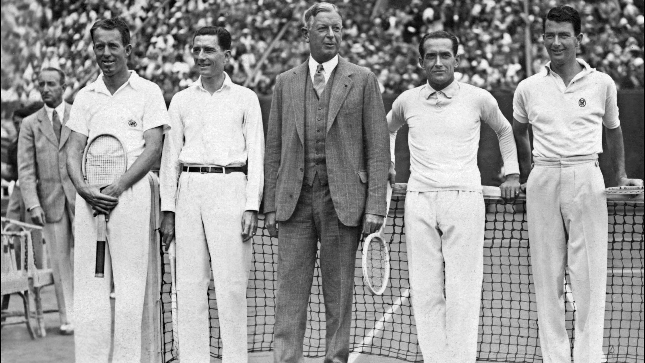 Dwight Davis, au centre, lors de la finale France-Etats-Unis en 1932.