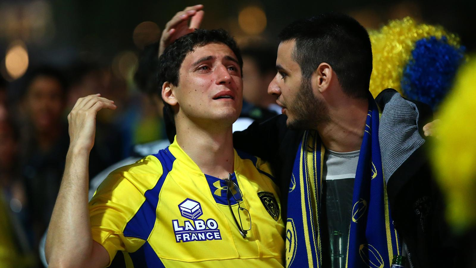 Supporters clermontois en pleurs finale TOP14 ASM Stade Français