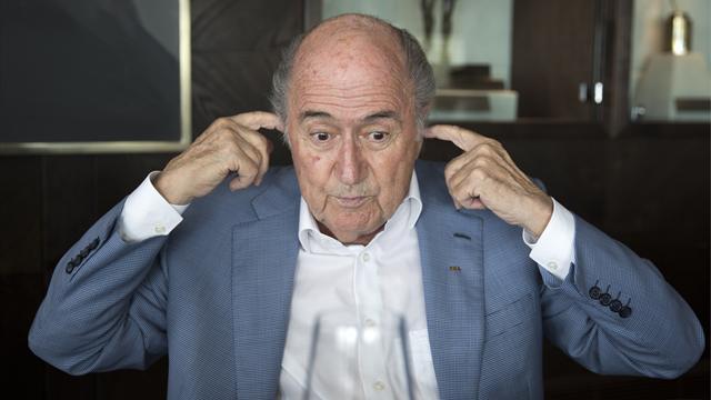 """Blatter : """"Une semaine avant le vote, j'ai eu un appel téléphonique de Platini..."""""""
