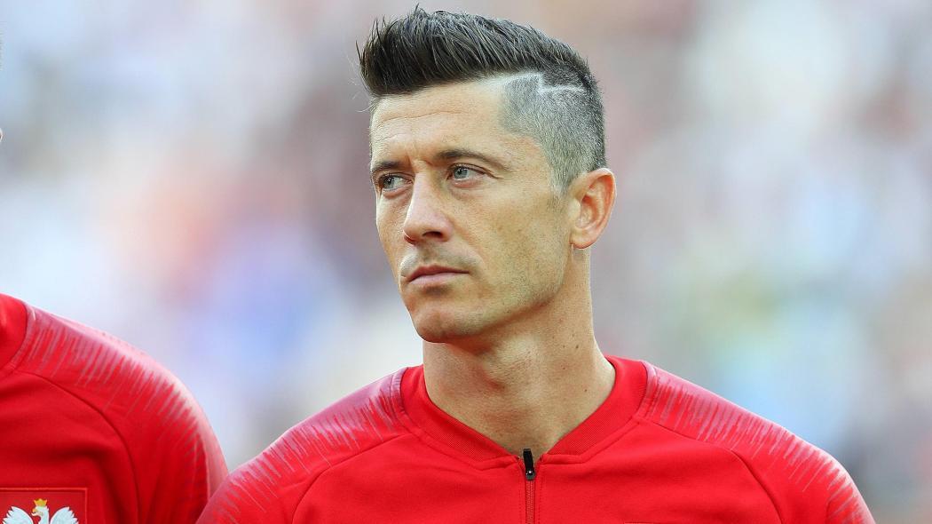 WM 2018 Robert Lewandowski Mit Neuer Frisur Bei Polen Gegen Senegal
