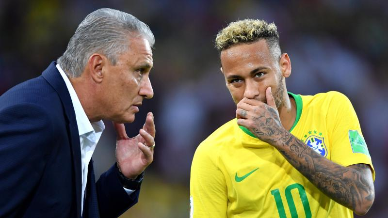 Tite, Head coach of Brazil gives instructions to Neymar Jr