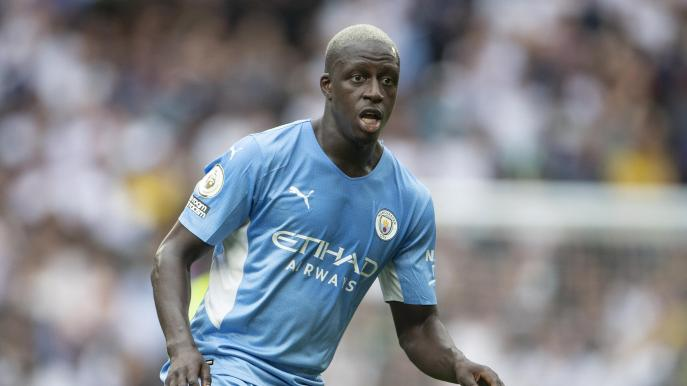 Manchester City defender Benjamin Mendy charged with four counts of rape,  suspended by club - Eurosport