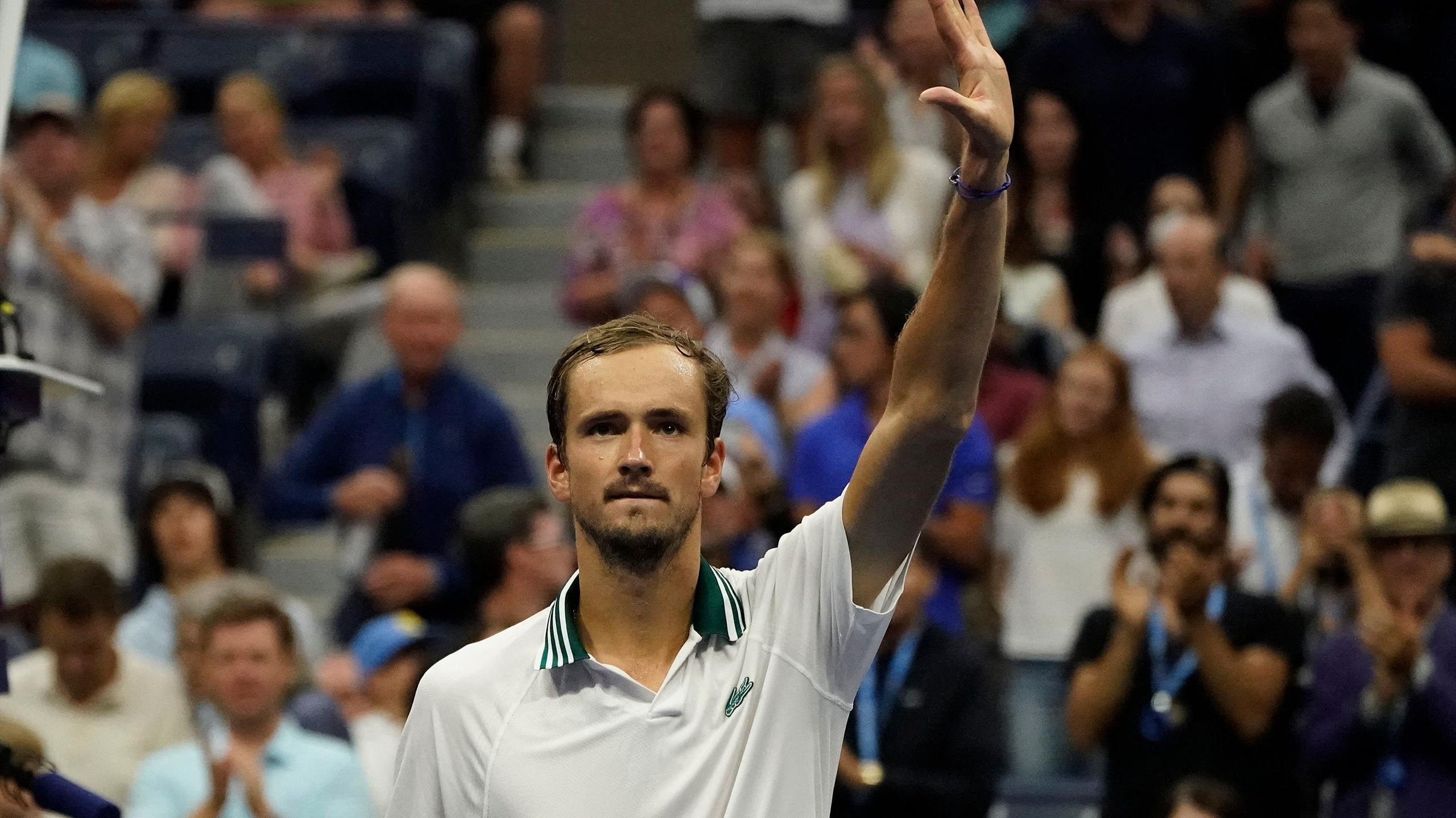 His little sister is named elena. Us Open 2021 Tennis Daniil Medvedev Cruises Into Round Three With Straight Sets Win Over Dominik Koepfer Eurosport