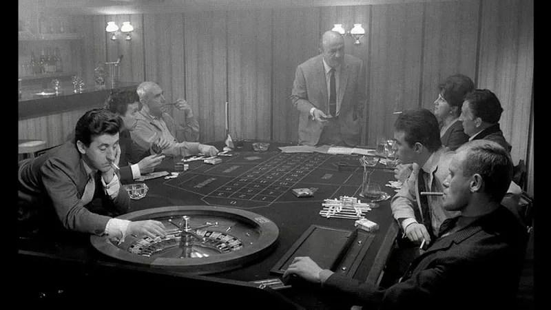 """Résultat de recherche d'images pour """"acteurs cinéma fumant cigarette"""""""