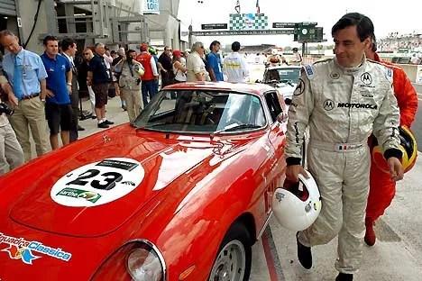 François Fillon a participé aux 24 Heures du Mans « Cla ssic », au volant d'une Ferrari 275 GTB datant de 1966.